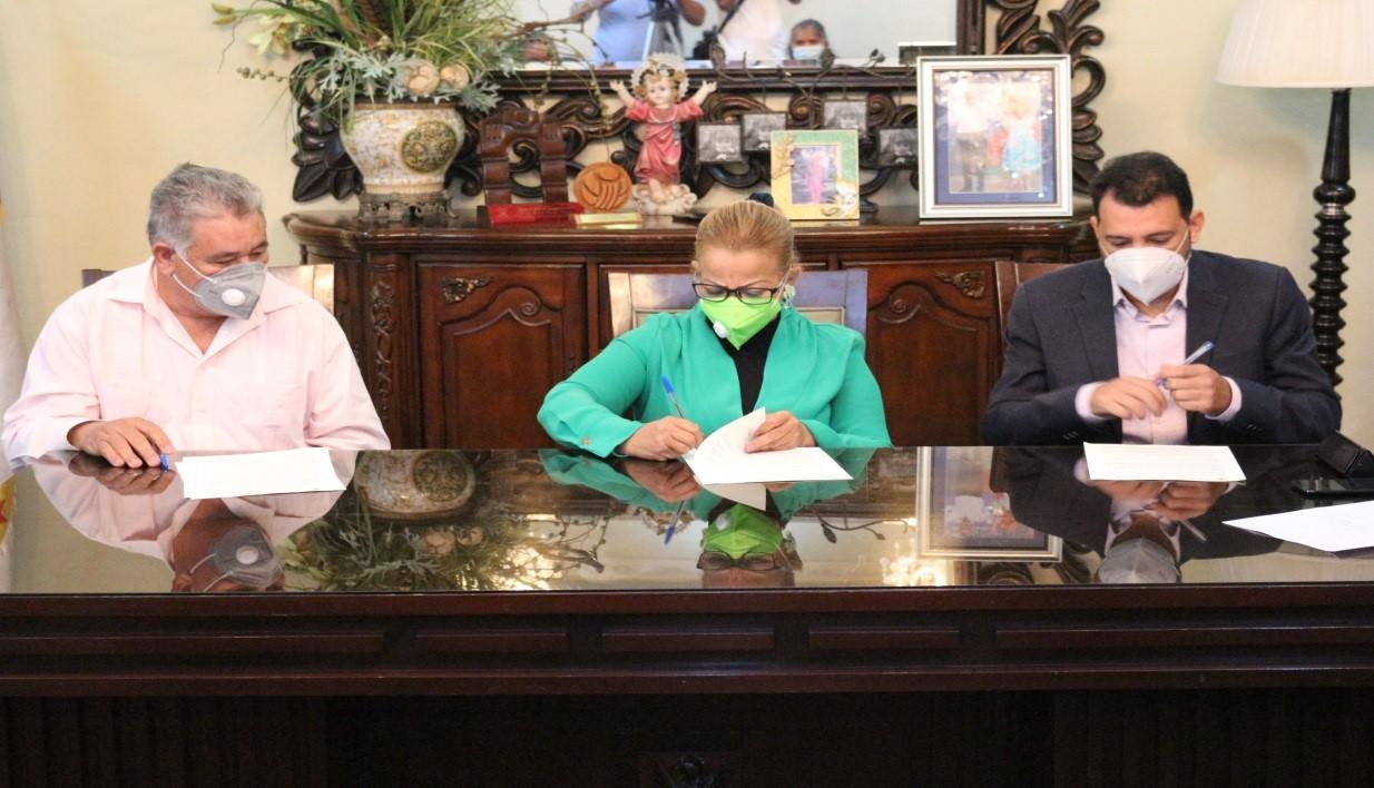 Firman pacto por la gobernabilidad democrática de este municipio